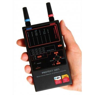 Daugiakanalis belaidžių ryšių detektorius profesionalams
